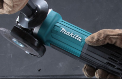 ESMERIL ANGULAR 4.1/2″ MAKITA GA4534